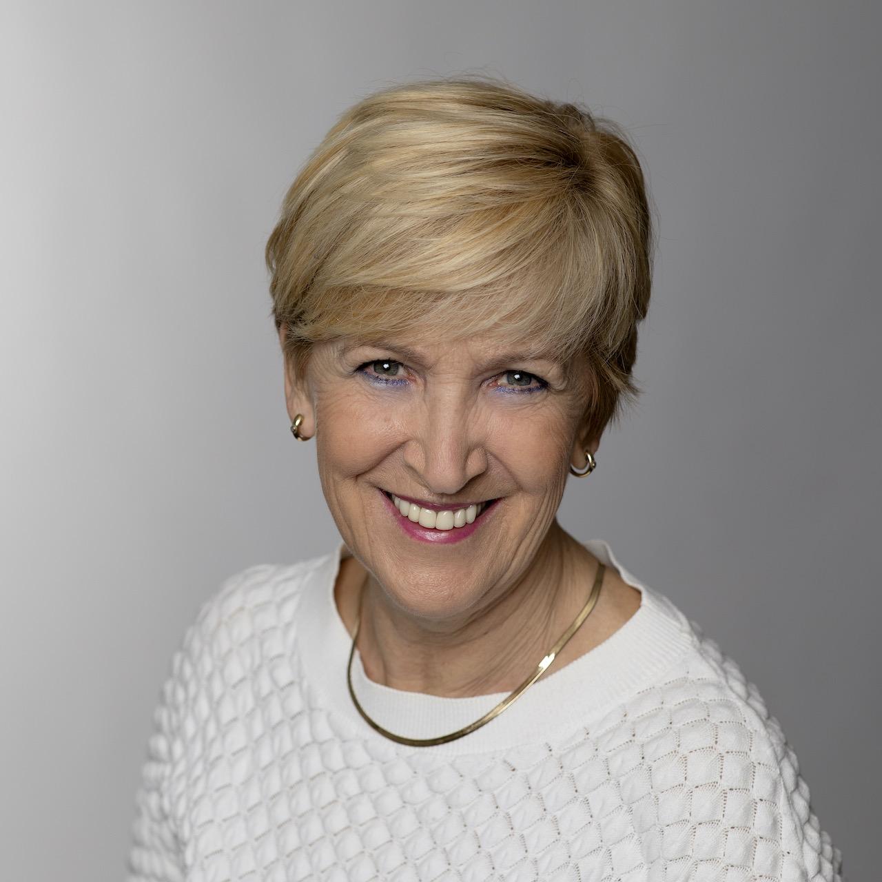 Erica Stam